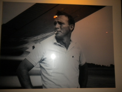 Arnold Palmer Looking Cool (on the wall  of the loos in Cantina Bar)